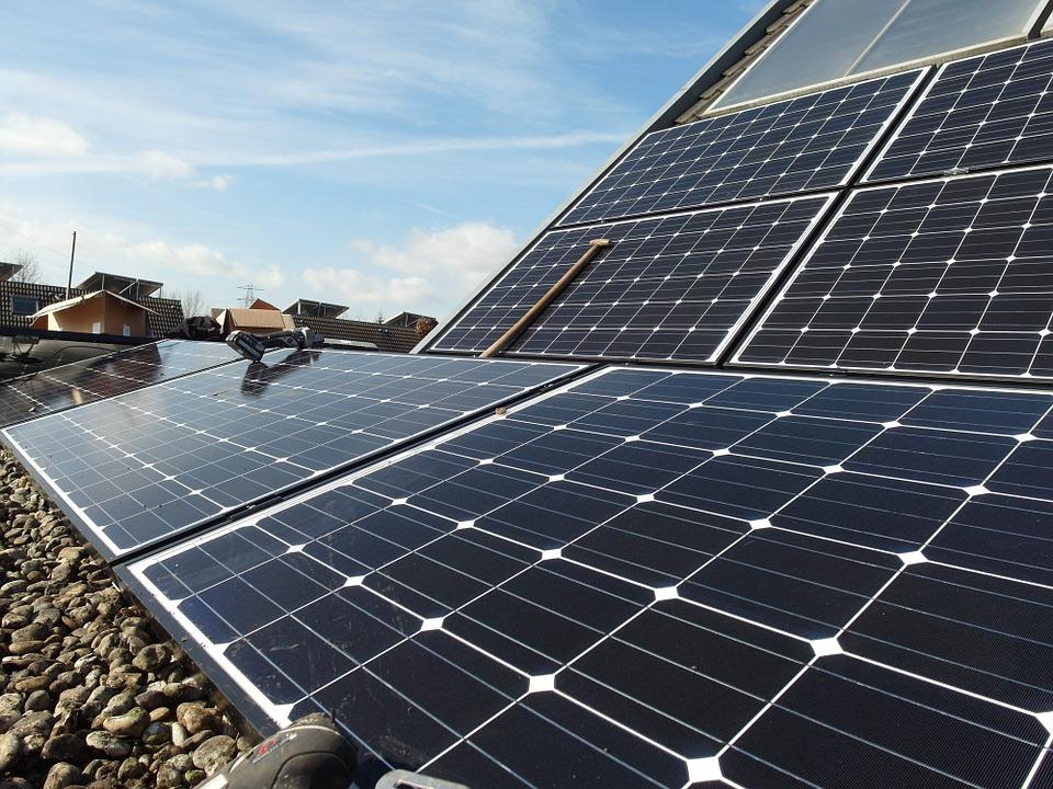 Comment fonctionnent les panneaux photovoltaiques ?